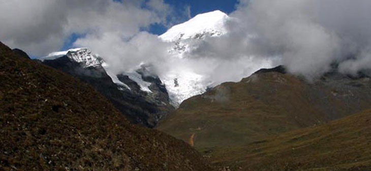 Laya-Gasa Mountain Expedition